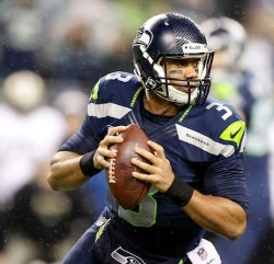 Seahawks QB Wilson pressured to sign