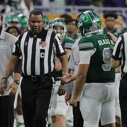 Eastern Michigan Quarterback Ejected for Punching
